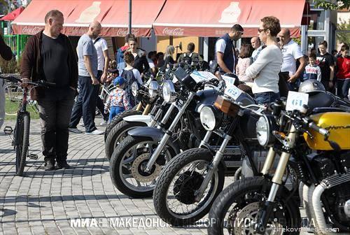 олдтајмери мотори во Скопје