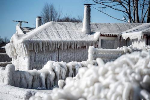 Данска прекриена со мраз