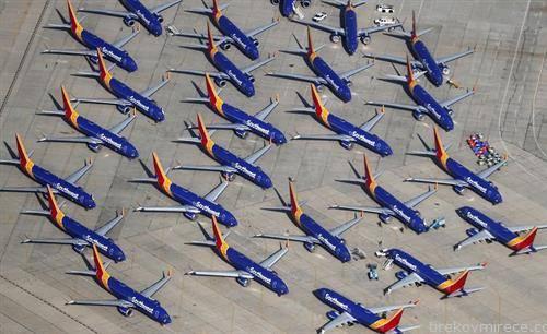 авионите  Boeing 737 MAX  не летаат по катастрофата во Етиопија и можна грешка во системот