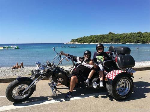 мотористи на пат во Истра