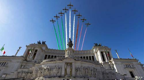 акробација на италијанската еро флота над Рими