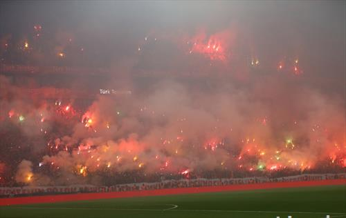 атмосферата на дербито Бешикташ  Галатасарај, во Истанбул