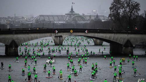 илјада учесници на веслачката регата на сена