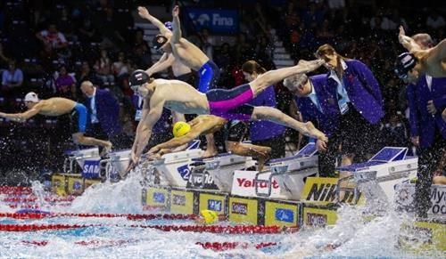 трета замена на штафета 4х100 на СП во кратки базени