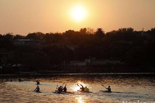кану трки во Јужна Африка