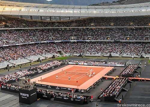 52 илјади гледачи на хуманитарниот тениски меч помеѓу Надал и Федерер одржан во Кејптаун, собрани 3,5 милиони долари