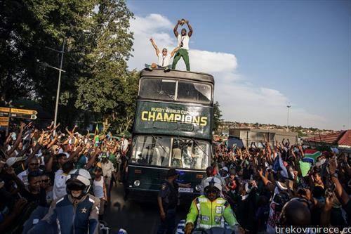 јужна африка ги пречека светските шампиони во рагби