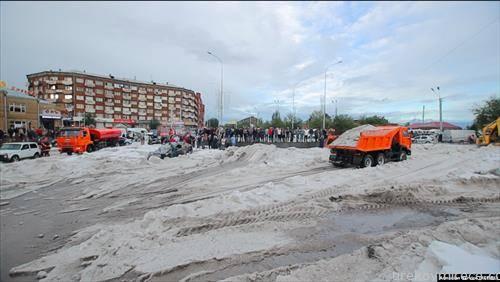 Околу 8 сантиметри дожд и град -  паднаа за помалку од еден час  на 13 јули во ерменски град