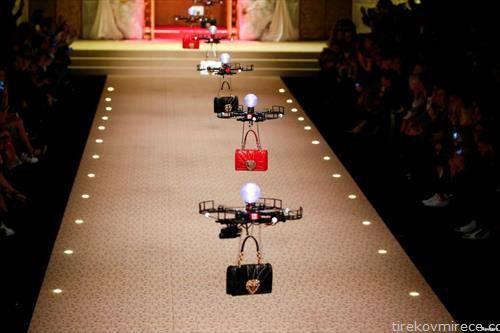 дронови превезуваат нови модели на чанти на Долче и Габана