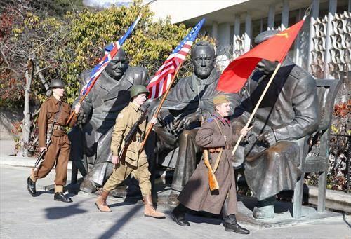 75 години по договорот ан Јалта, помеѓу Черчил, Рузвелт и Сталин