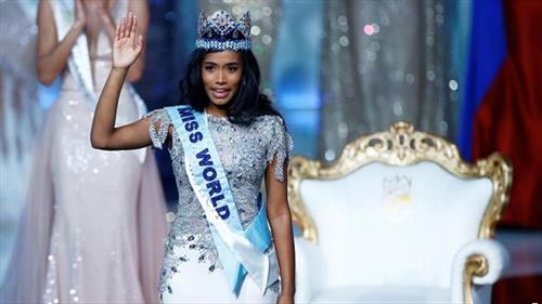 Претставничката на Јамајка Тони Ен Сајн е избрана за Мис на Светот