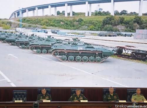 Неколку илјади возила, летала и воени бродови, како и околу 300 илјади војници учествуваат во најголемите воени вежби што Русија ги организира во последните 37 години,