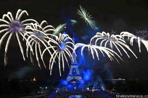 Французите со голем огномет го одбележаа денот на независноста 14 јули