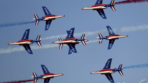 француската авијација на аeро шоуто во Дубаи