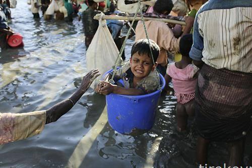 Егзодусот на Рохинџите продолжува