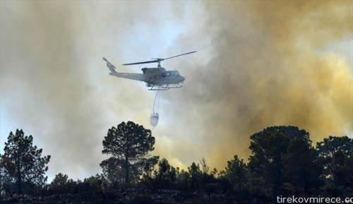 хеликоптер гасне пожар во Шпанија