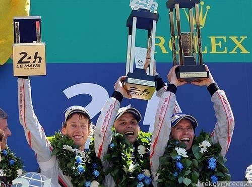 екипата на Порше победи на тракта 24 часа Ла Мана