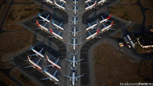 авиони Боинг 737 MAX на аеродром во Вашингтон