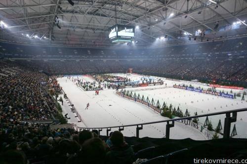 бијатлонците се натпреавруива во сала, пред 40 илајди гледачи во гелзенкирхен