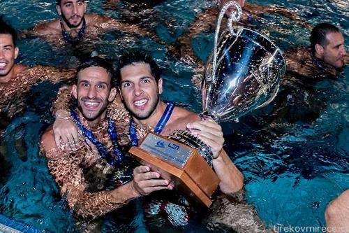 ватерполистите на Олимпијакос се победници на лигата на прваците