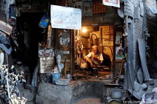 ковач во дуќан во Сана Јемен
