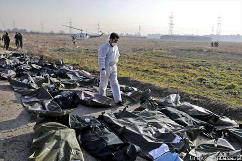 Украински патнички авион со 176 луѓе се урна веднаш по полетувањето во близина на  Техеран, Иранците признаа дека го срушиле по грешка
