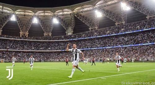 Роналдо го реши и Суперкупот на Италија, ЦР7 донесе трофеј за Јуве во Џеда