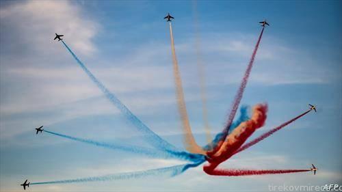француска авијација на митинг во Атина